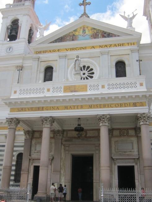 Fachada da Basílica