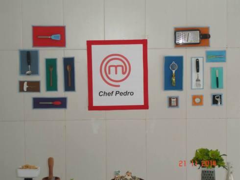 Detalhe do painel: objetos da cozinha