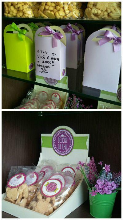 Caixa (frente livre para escrever mensagem ou desenho) com biscoitos amanteigados (R$ 7,00)